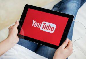 11998انشاء قناة يوتيوب + اقتراح اسم لقناتك + وضع غلاف لها